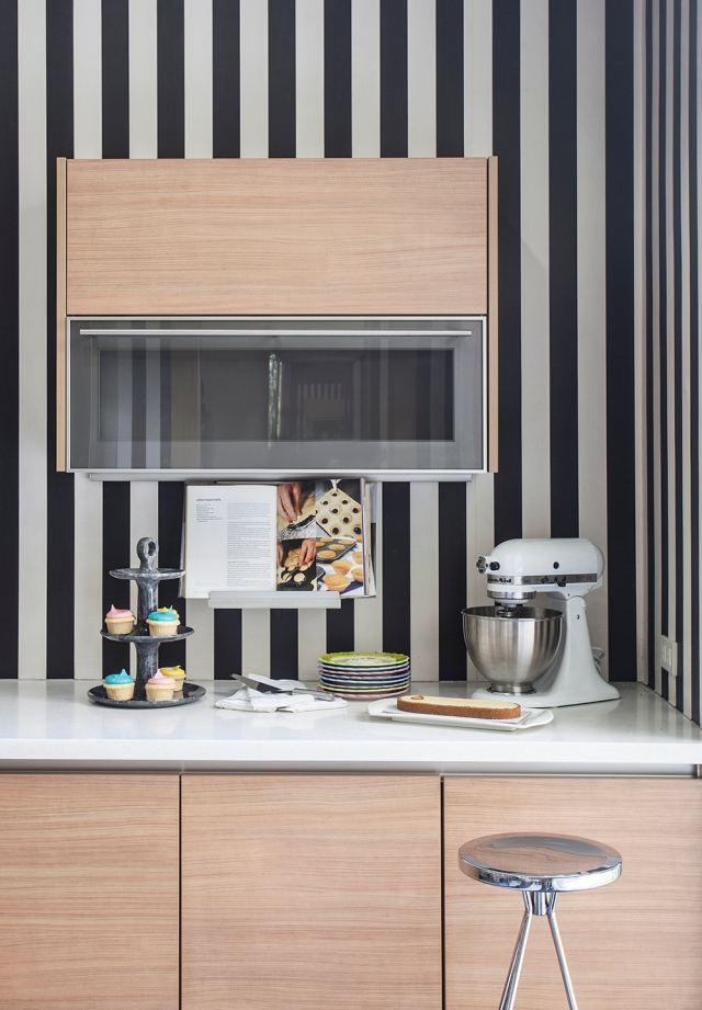 Metro Home Grace Baja Kitchen Feature Outtake 1