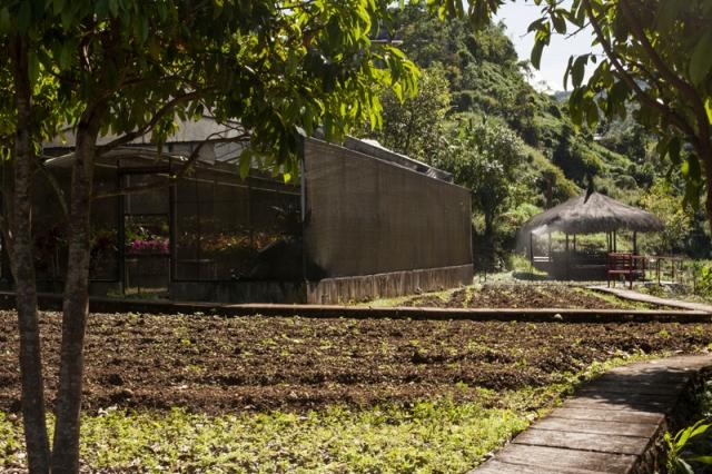Baguio_Bencab_museum_jarconcengco_07