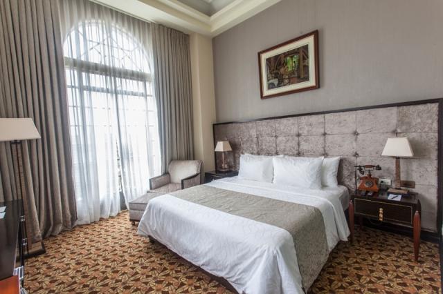 Vault_Magazine_Luneta_Hotel_jarconcengco_07